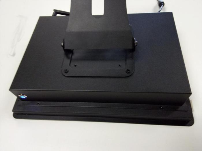 10.4寸安卓工业平板电脑_工业触摸平板电脑_全防水防尘
